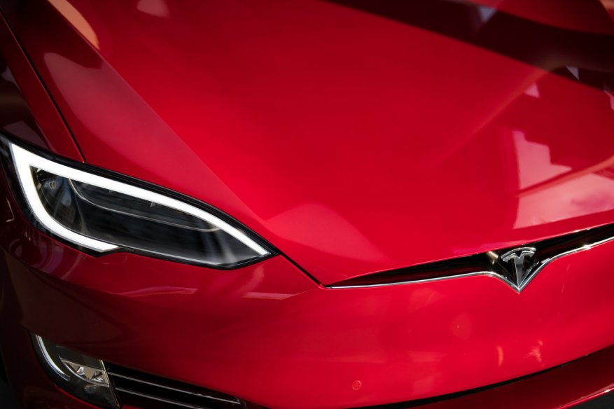 Your Tesla Model S Could Be Gone in 1.6 Seconds