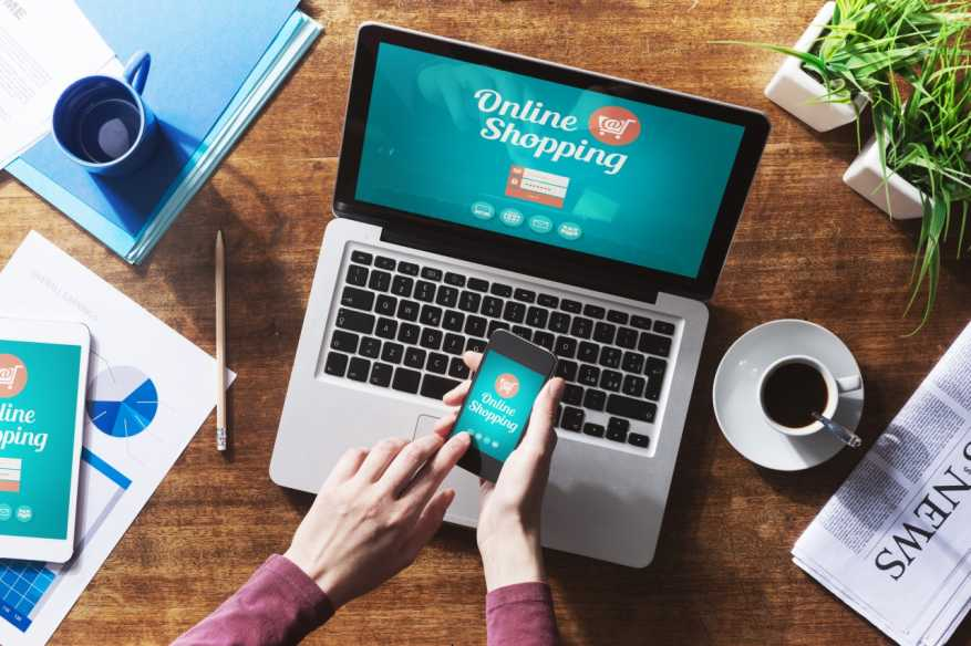 Online Shopping Phenomenon and the Risks Involved